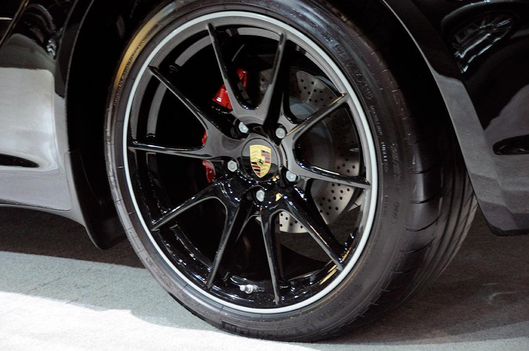 Question For Those With Factory Black Spyder R Wheels Planet 9 Porsche Forum