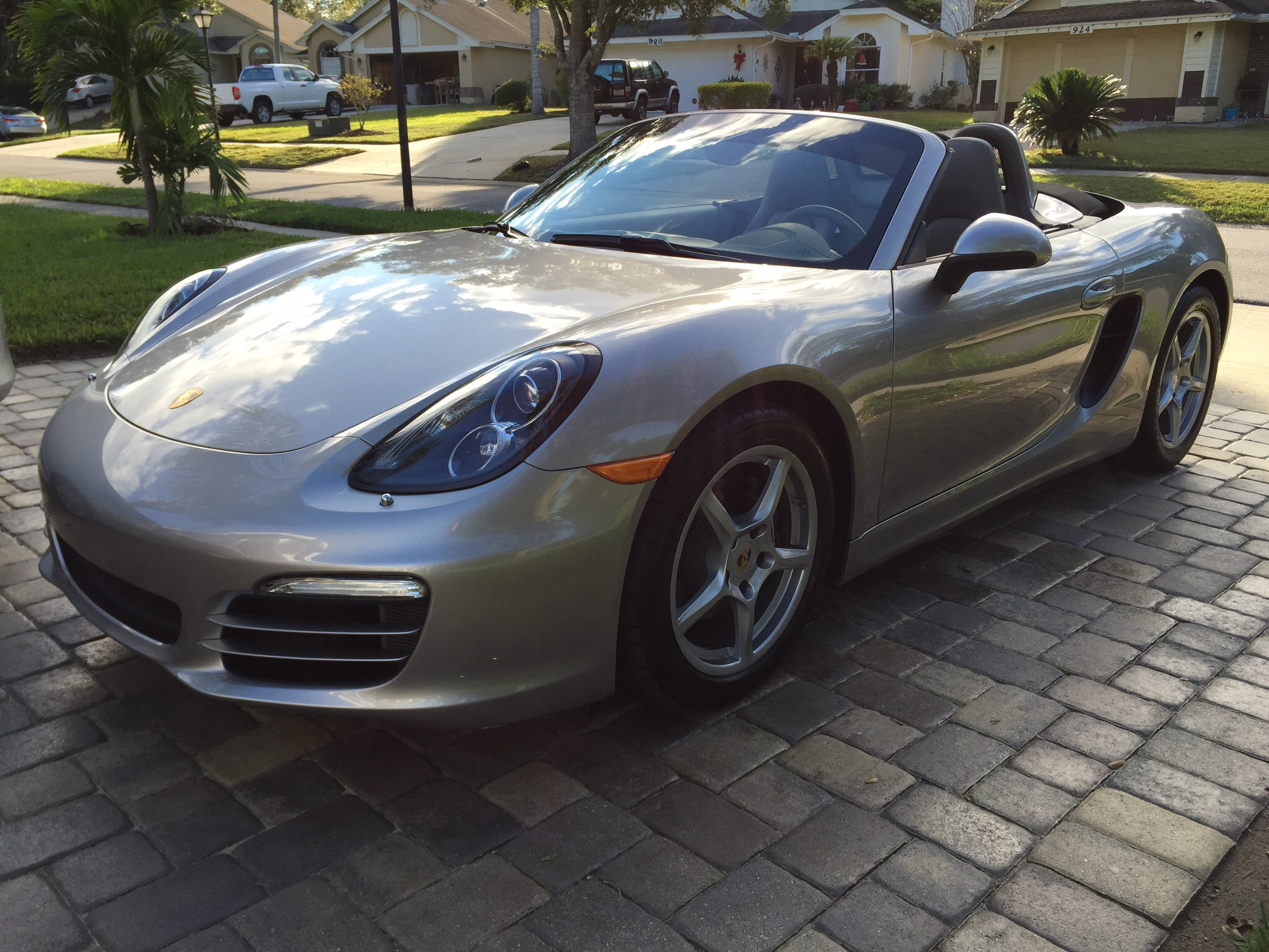 2015 boxster gt silver garnet red leather interior black carpets and black top