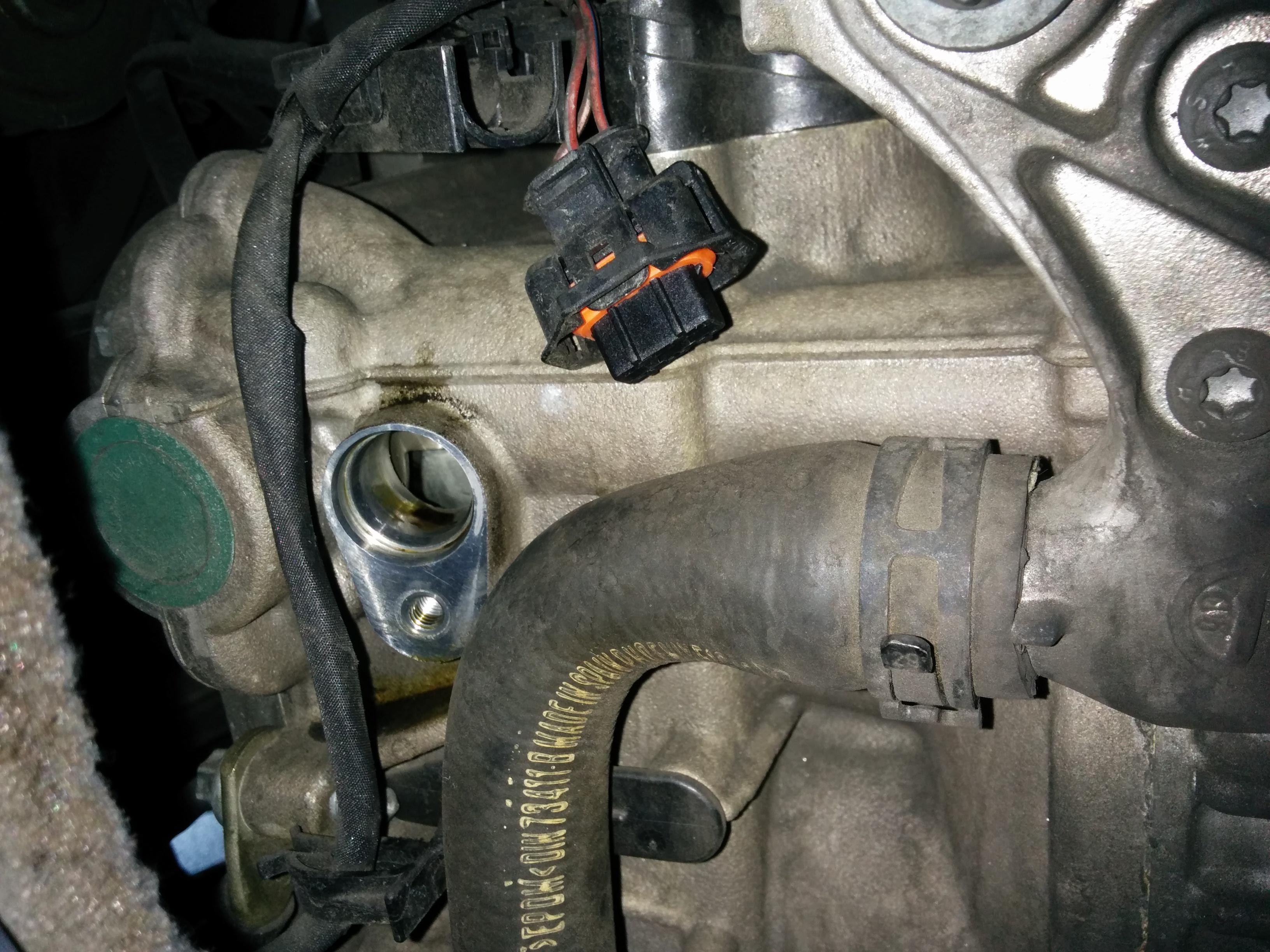 odd oil leak near sensor noticed replacing drive belt img_20141101_170840 jpg