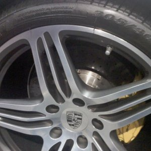 "19"" Turbo Wheels With Carbon Ceramic Brakes"