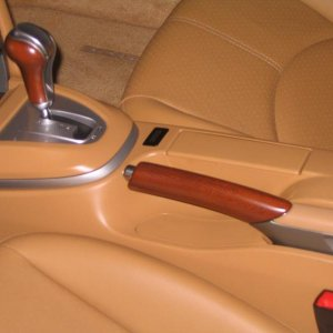 06 Tiptronic Cs With Sycamore Shift Knob And E-brake